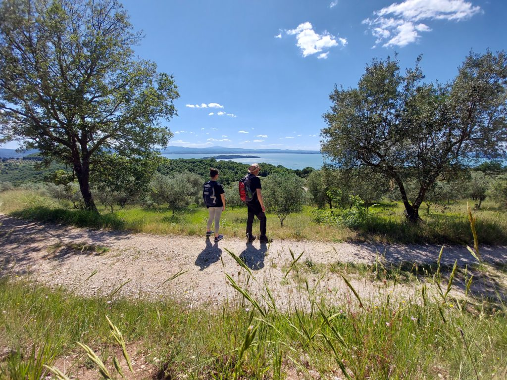 umbriaction-active-tour-central-italy-trekking