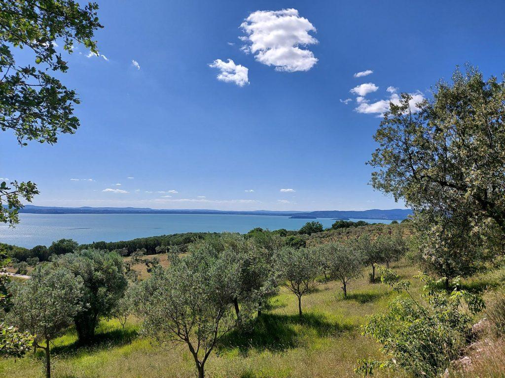 umbriaction-enchanted-villages-of-trasimeno-lake