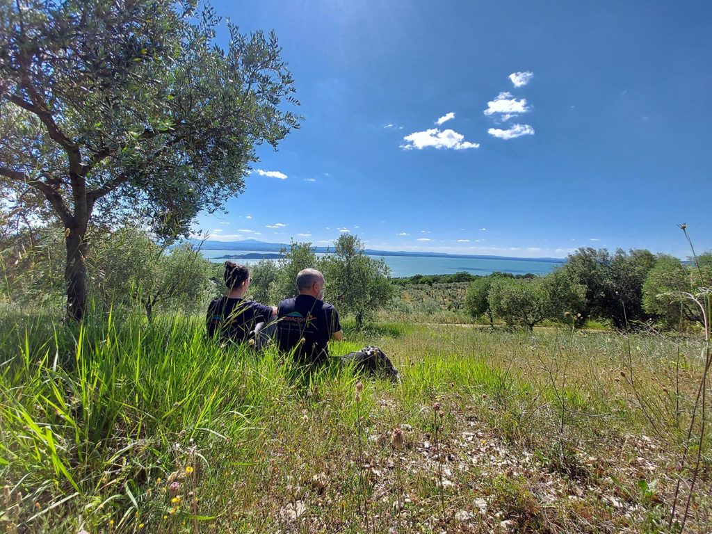 umbriaction-hiking-on-the-trasimeno-lake-crests