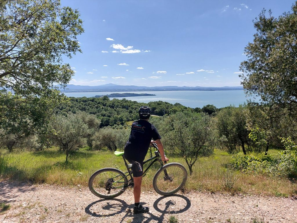 umbriaction-in-mountain-bike-al-lago-trasimeno