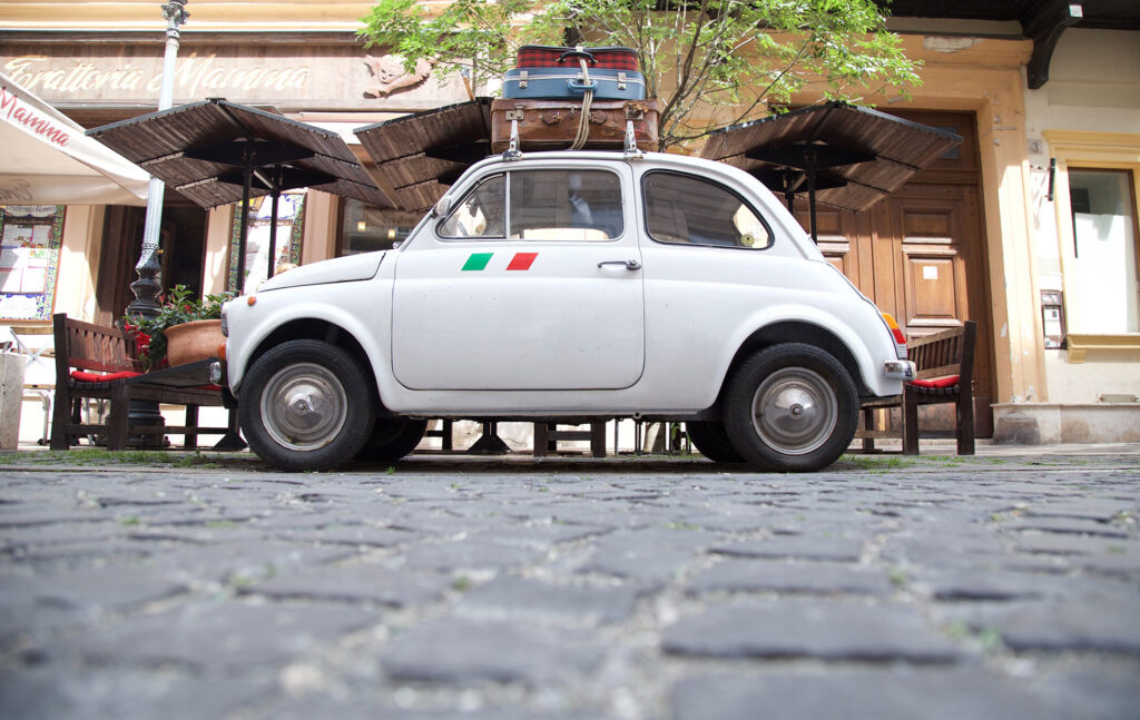 umbriaction-fly-and-drive-umbria-with-vintage-fiat-500